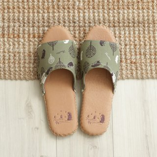 Leather cloth flower indoor slippers (jungle peekaboo) matcha green