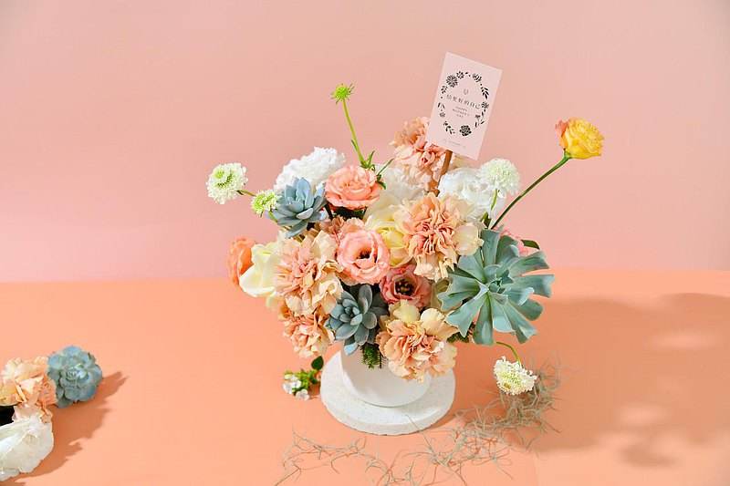 【เวิร์คช็อป】Mother's Day Floral Art / Happy Slow Life / Fleshy Potted Flowers
