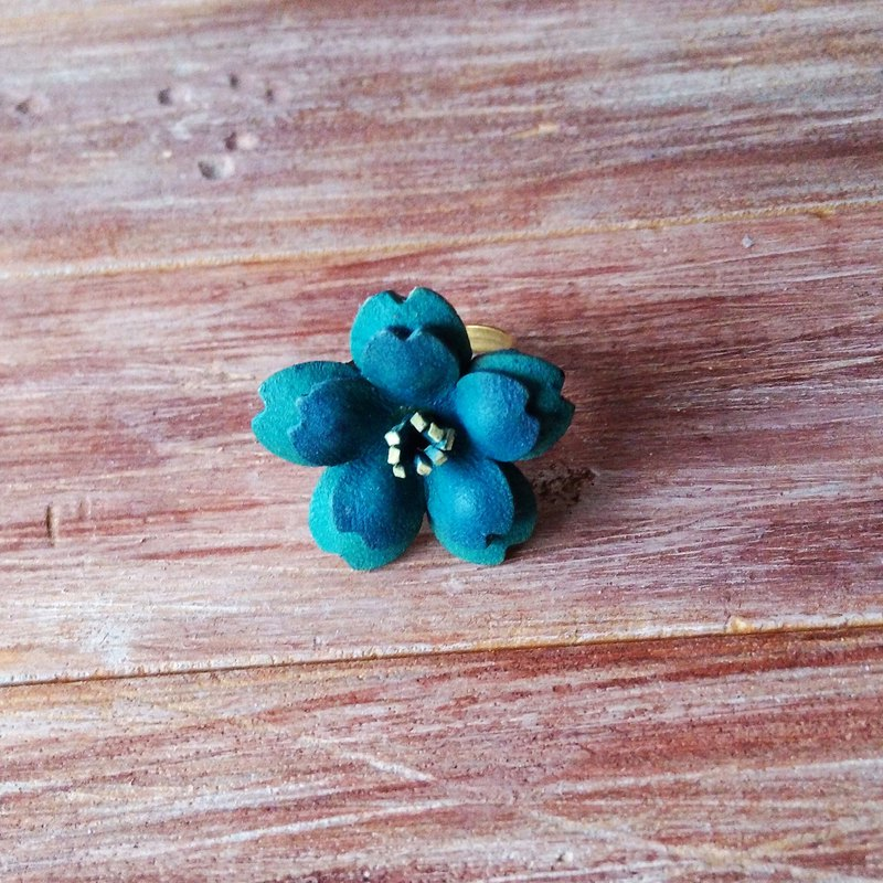 Leather cherry ring double blue green Kai handmade leather