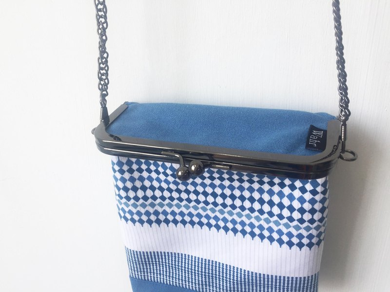 blue quilted clasp frame box/with chain/ cosmetic bag / shoulder bag /