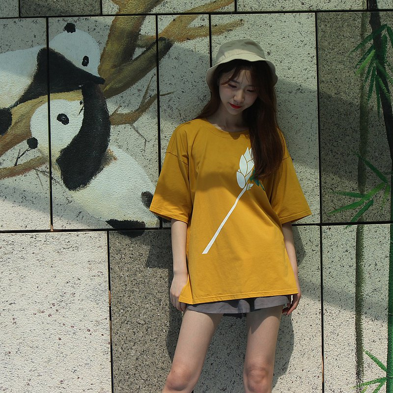 Kingfisher John Rainbow oversize outing home dual-use loose casual T-shirt skirt yellow big T-shirt