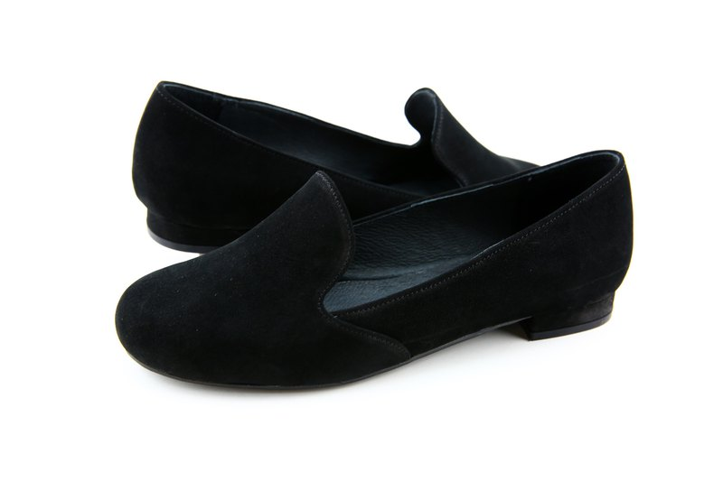 Black Bago low heel shoes model 368 -130620