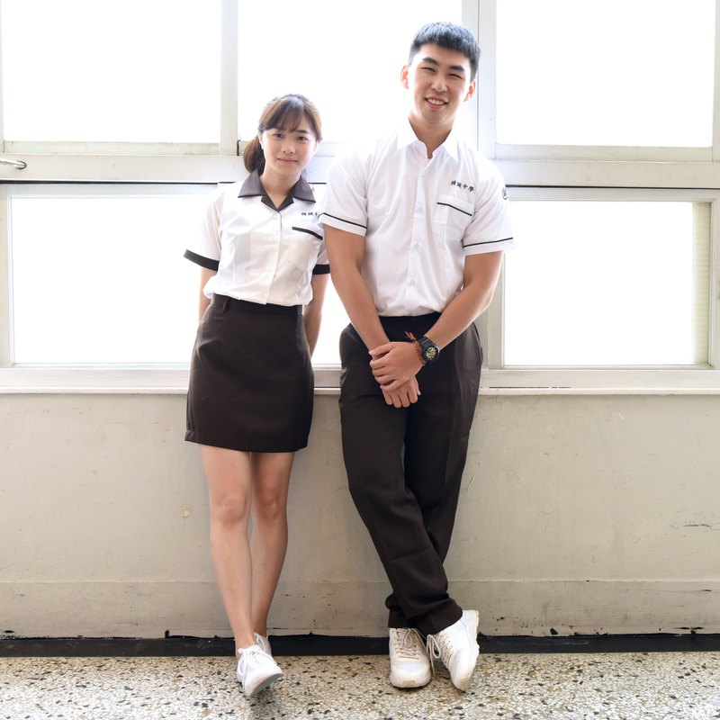 [Chinese and American uniforms] Jingcheng Middle School* Those years Ke Jingteng uniforms (tops and pants for sale)