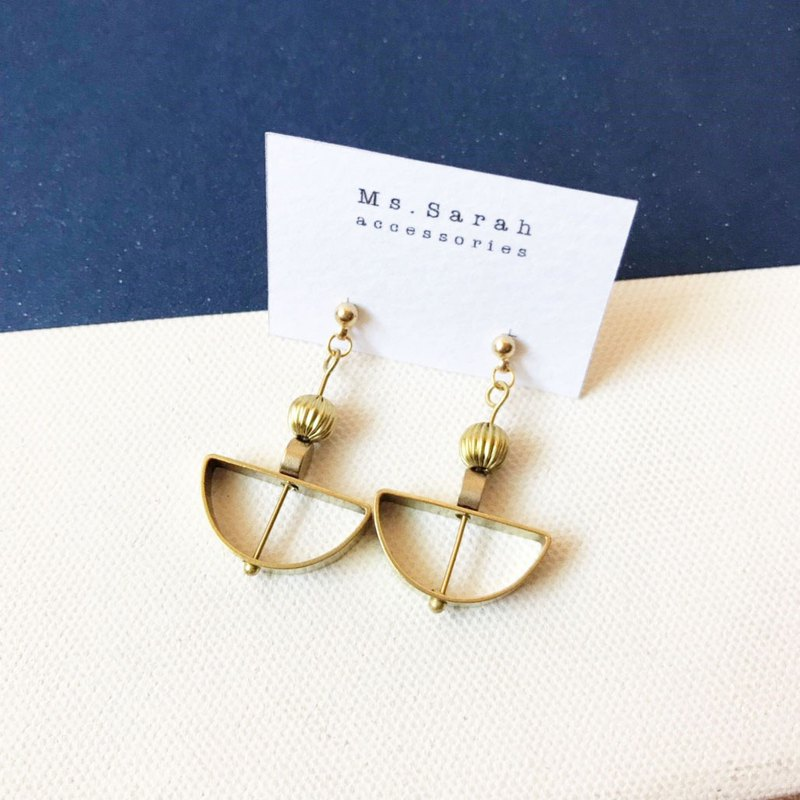 Brass earrings _ pendulum (can be changed)