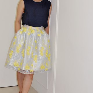 Flat 135 X Taiwan Designer Series Yellow Flower Lace Large Round Skirt French Big Round Skirt With Pocket Lace Skirt Skirt Skirt Skirt Comfortable Inside Stuffed Paste Dress