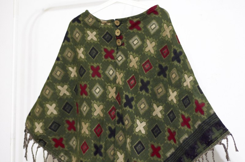 Valentine's Day gift limited edition of a knit pure wool shawl / ethnic wind cloak / indian fringed shawl / Bohemia cape shawl / wool cloak / hand-woven scarves - Moroccan style green red geometric totem world