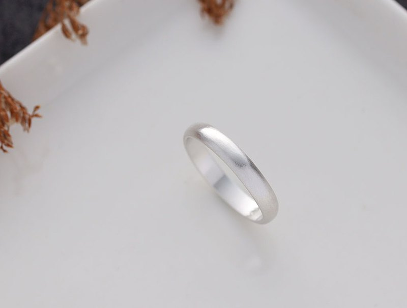 Ni.kou sterling silver semicircle ring (wide version)
