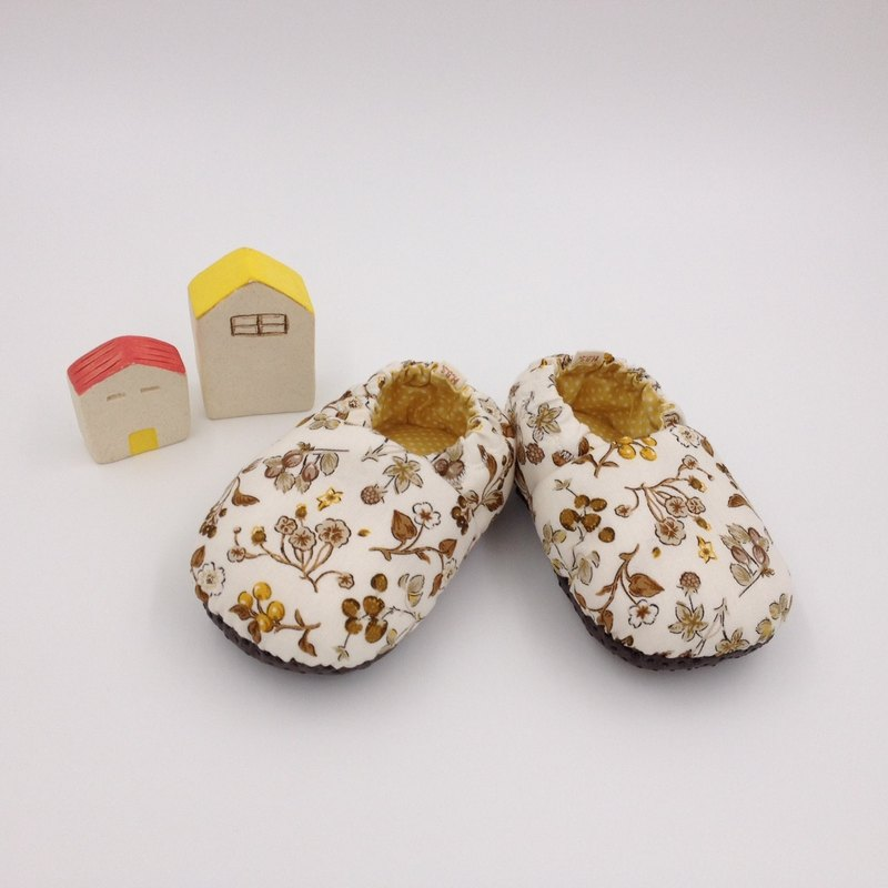 Autumn maple fruit - toddler shoes / baby shoes / baby shoes