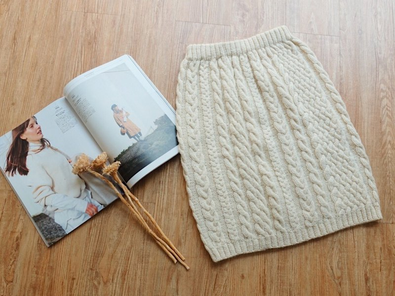 Vintage under / winter wool knit skirt no.93