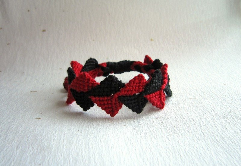 Crown three-dimensional lucky rope woven bracelet (optional color)