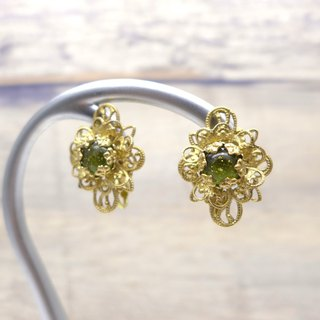 Brass and glass earrings, Diamond shape, Olive green, Vintage, Antique