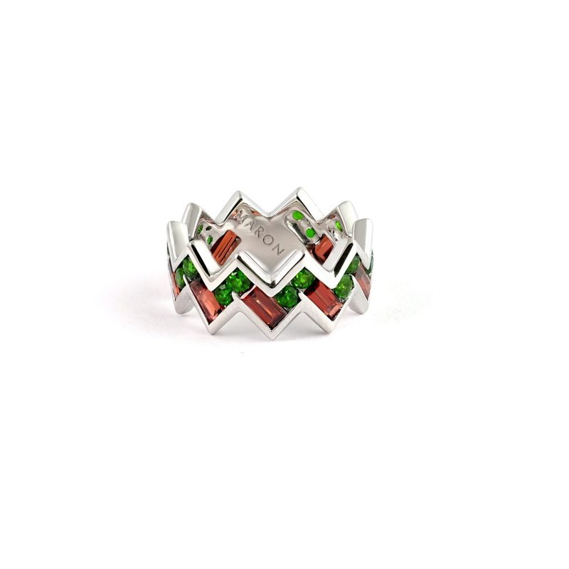 Urban Zigzag Ring with Chrome Diopside and Red Garnet