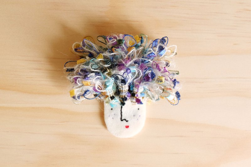 Miss Hairy Collection / Brooch /Purple  Blue