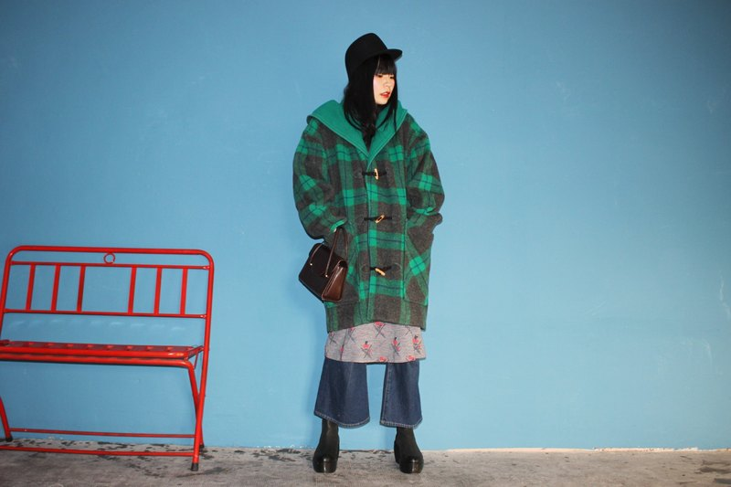 [Vintage Coat] (Made in Italy) Green Gray Plaid 100% Wool Double Pockets Hooded Cowl Buckle Coat Vintage Coat (Christmas Gift Christmas Exchange Gift)