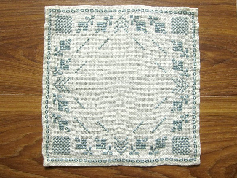 Swedish blue-gray geometric flower embroidery cotton scarf