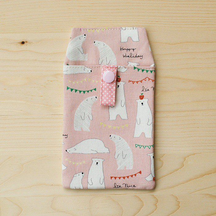 Apple Polar Bear _ powder pocket pencil case