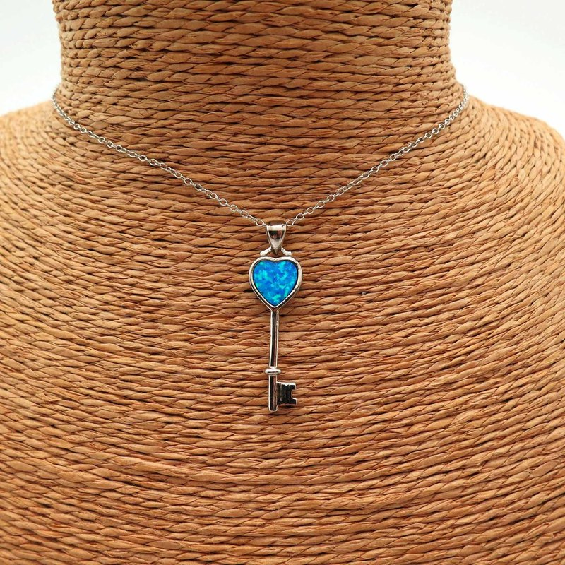 Love Heart-shaped Lock 925 Silver Clavicle Necklace Silver Sideways Opal Pendent