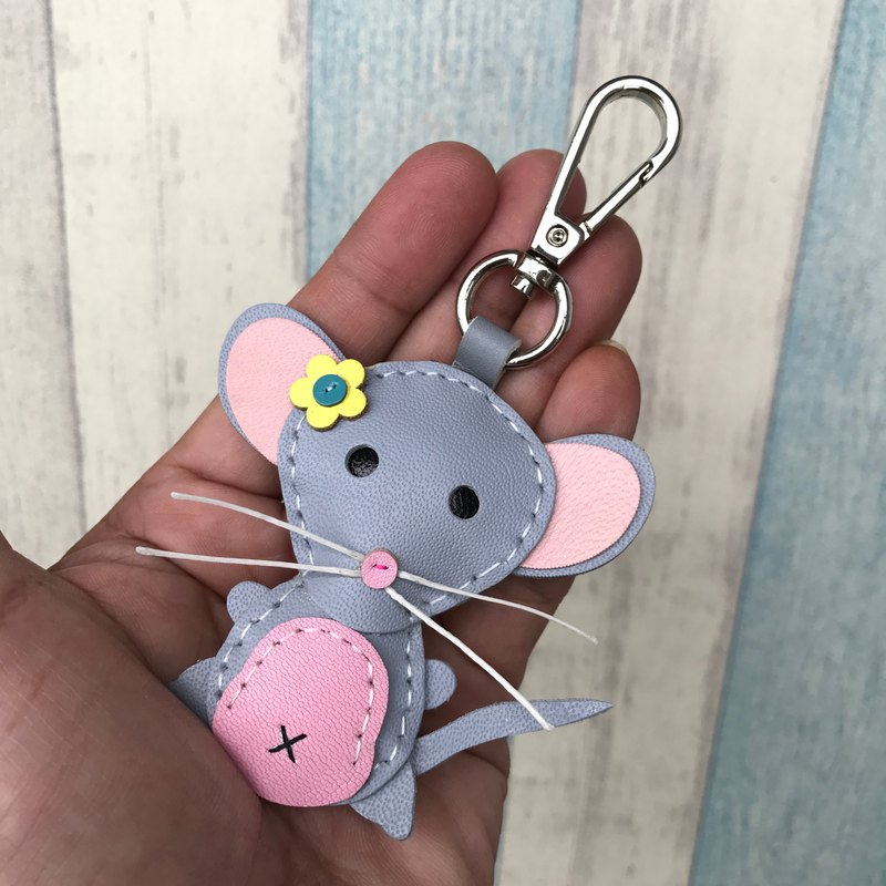 Light gray cute mouse handmade sewn leather keychain small size