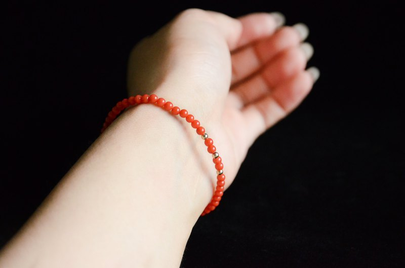 [渝美人] natural organic gemstone natural coral bracelet Italian sardine coral bracelet simple