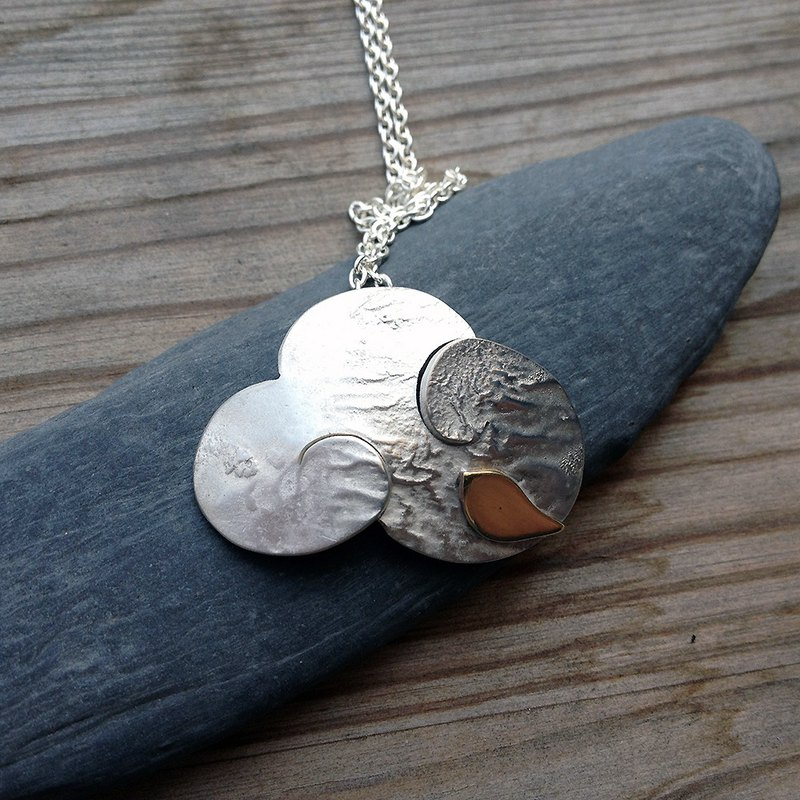 Cloud thought (wrinkle gold method) ~ a cloud of fantasy journey, hand-made poem sterling silver pendant necklace, happy!
