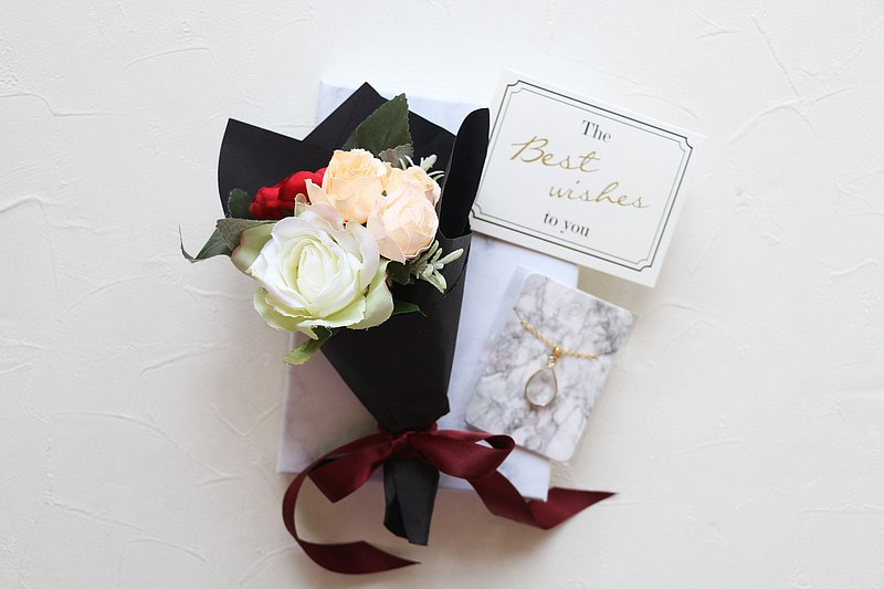 White quartz Necklace, with silk flower bouquet and gift box