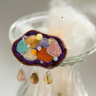 Brooch - Colorful Cloud is raining [hand embroidery brooch] handmade