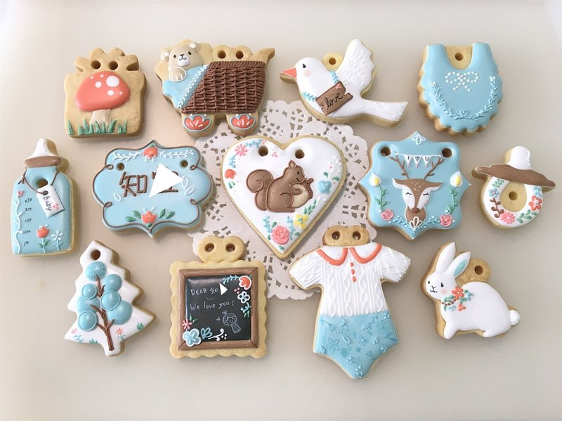 Illustrator style forest animal collection cookies 12+1 (squirrels can be customized baby portrait)