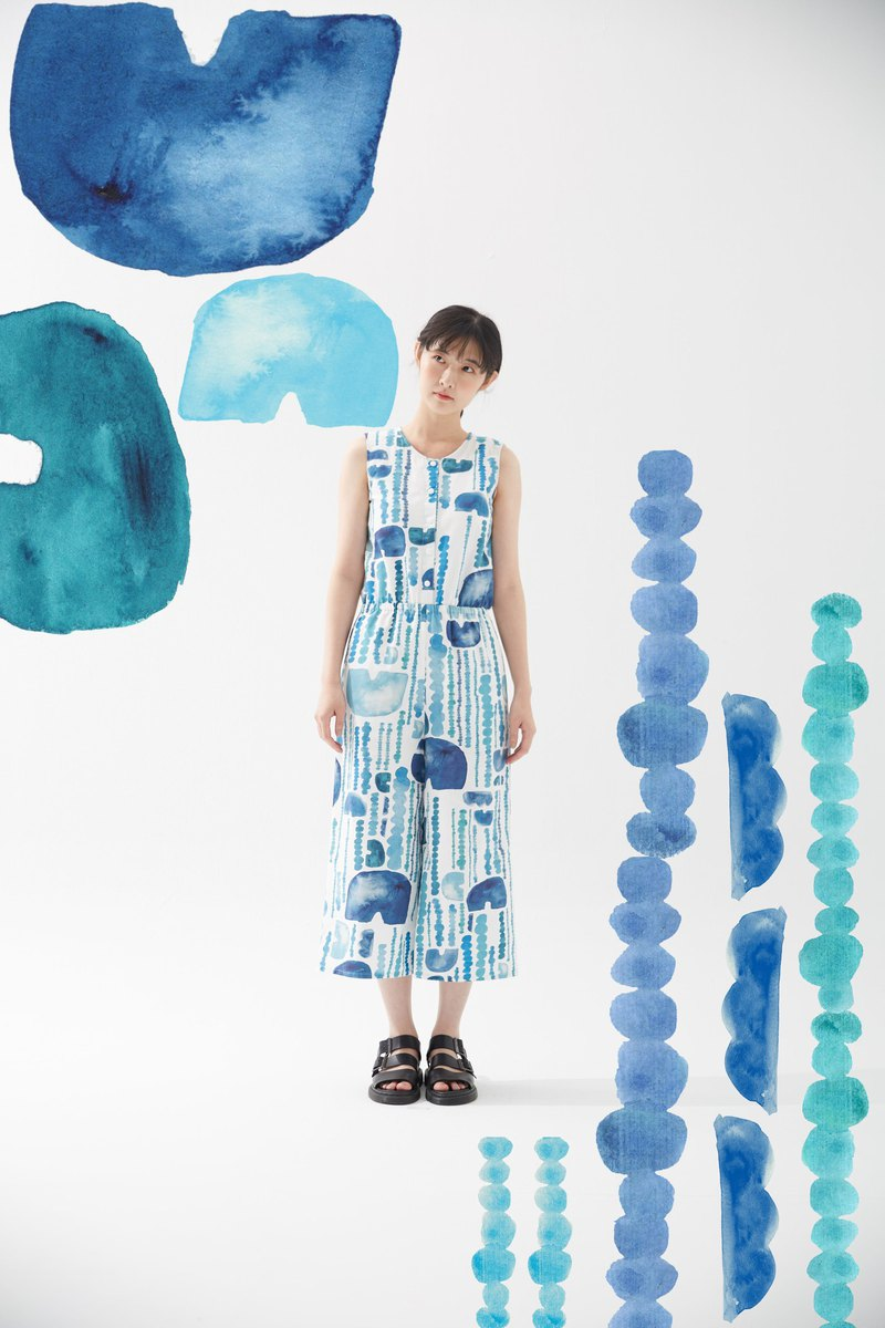Y1, hsuan X Honglin exclusive printed cloth series front slitted jumpsuit rain