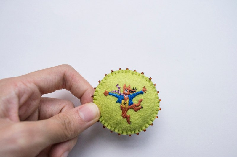 Fantastic Mr. Fox hand-embroidery brooch