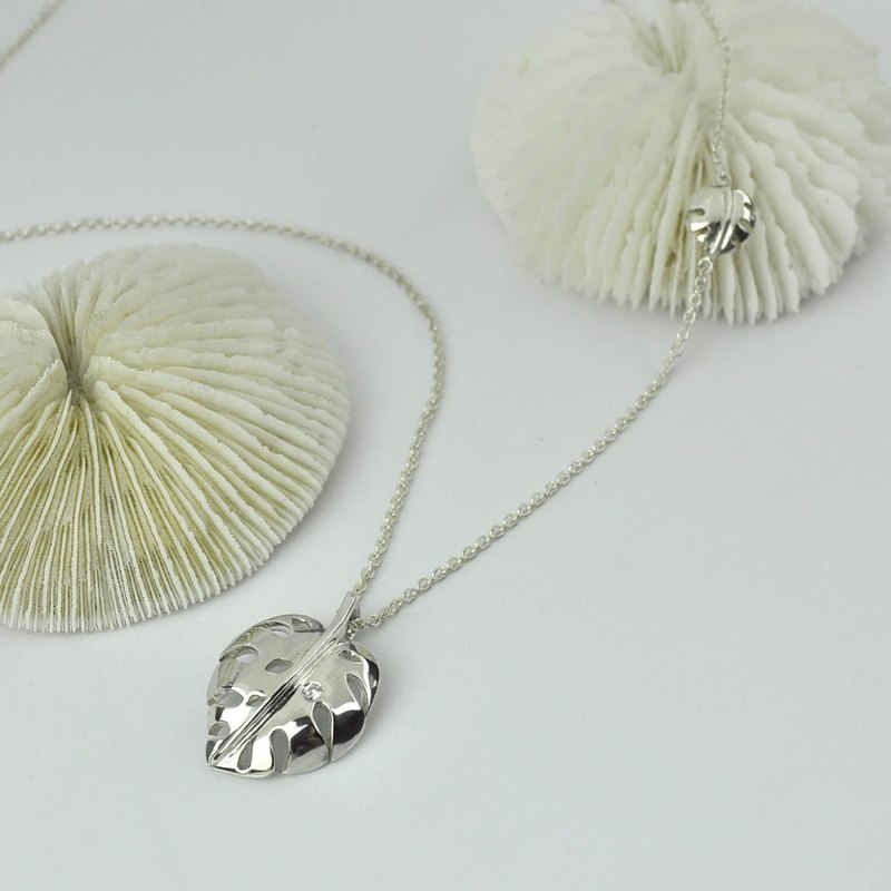 Sterling Silver Monstera deliciosa Leaf Necklace