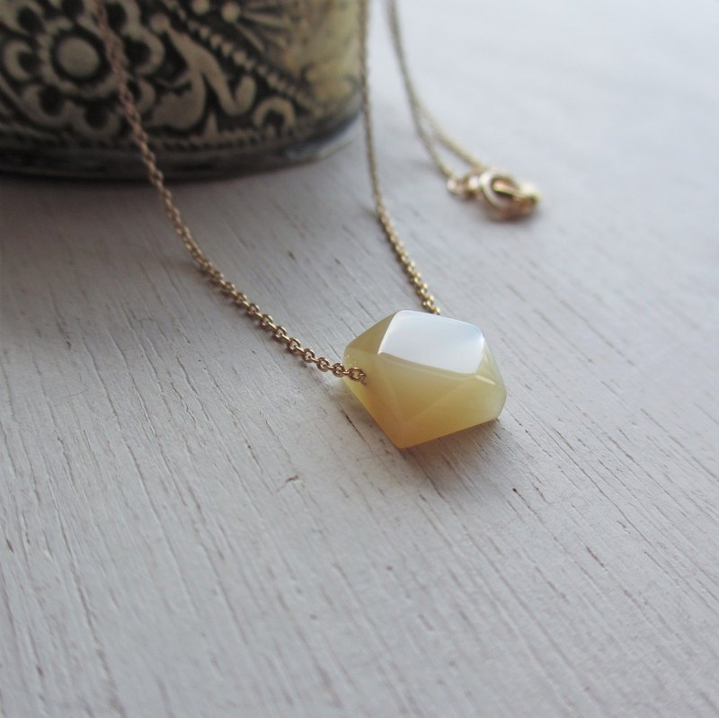 Takase shellfish gem cut K14GF necklace Square