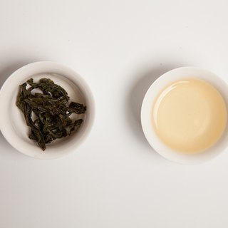 [Taiwan Blue Tea] Golden Dragonfly (naked packaging tea 150g / four two)