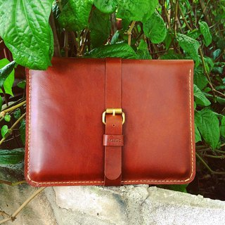 Elegant travel Wallet for iPad + iPad Mini color brown