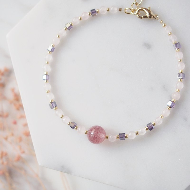 Strawberry Girl Love Stone Strawberry Crystal Powder Crystal Natural Stone Crystal Bracelet Bracelet
