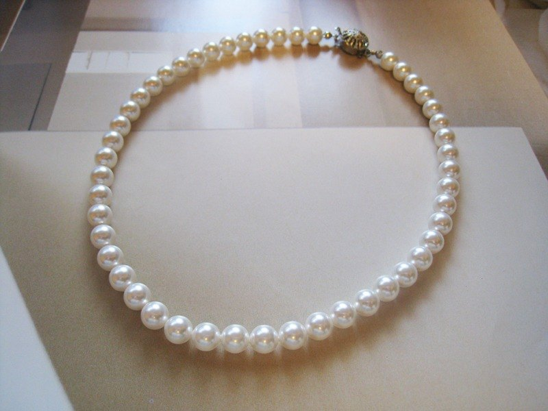 Silky Pearl Necklace / 8mm : White Bridal*