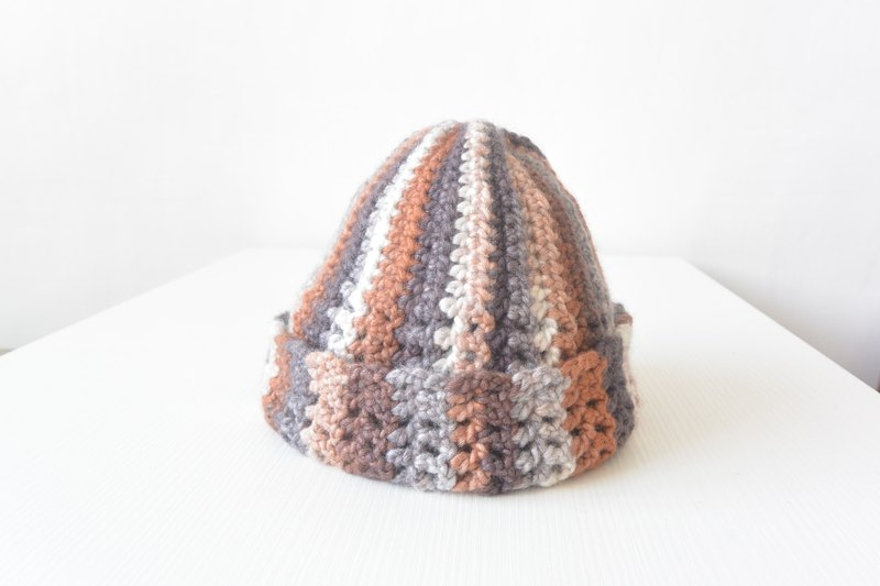 Handmade knitting wool hat reflexed - Coffee