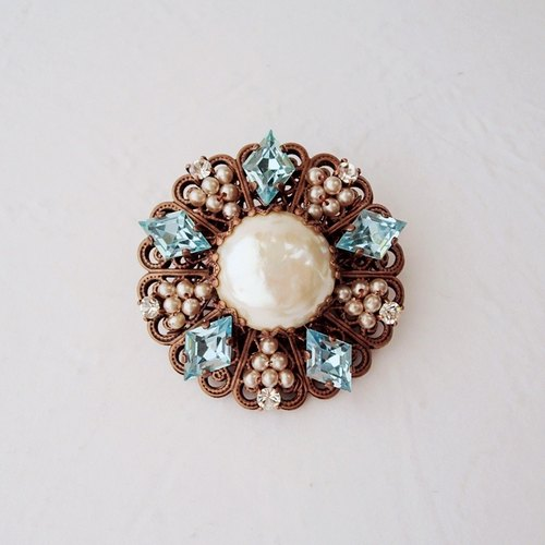 Baroque Pearl Brooch with Aquamarine Blue - Jewelry by mdmButiik