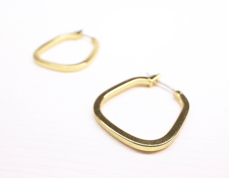Ershi silver [18K gold bottom square shape circle earrings] a pair