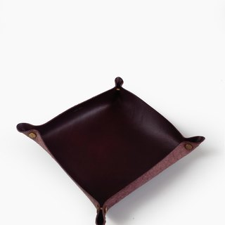 Alfred Valet Tray in Mulberry, Large