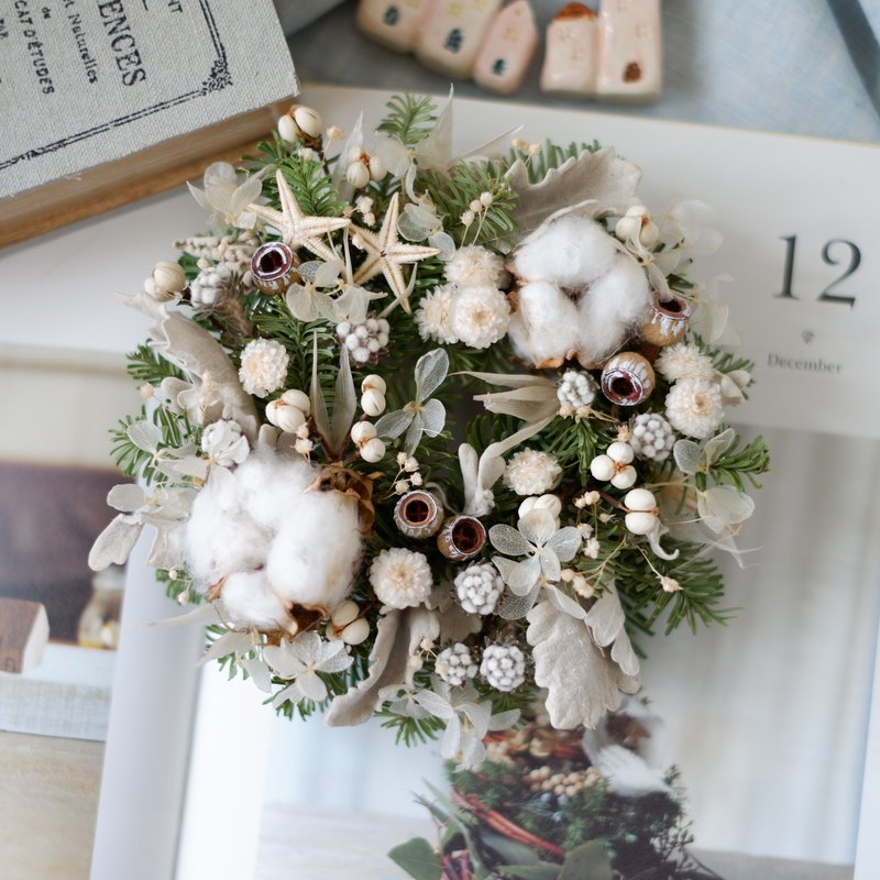 Unfinished | Snowflakes fly dry flowers without withered fruit cotton nobelson wreath spot