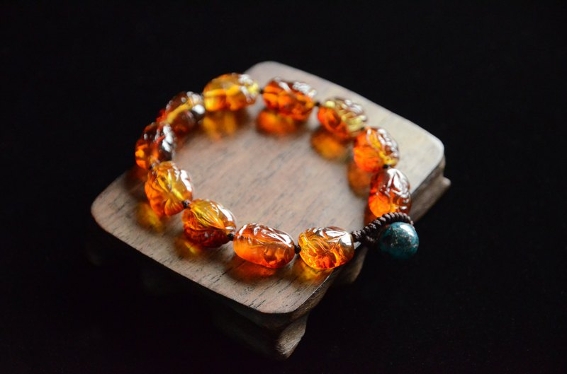 [Old time] Amber natural amber carving 貔貅 lucky Nafu bracelet bracelet