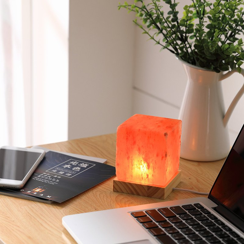 Light natural color-TUE.DAY light salt lamp