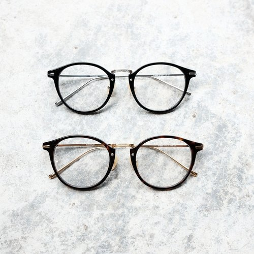 Copy [eyes firm] Japan retro gold frame black glasses frame titanium