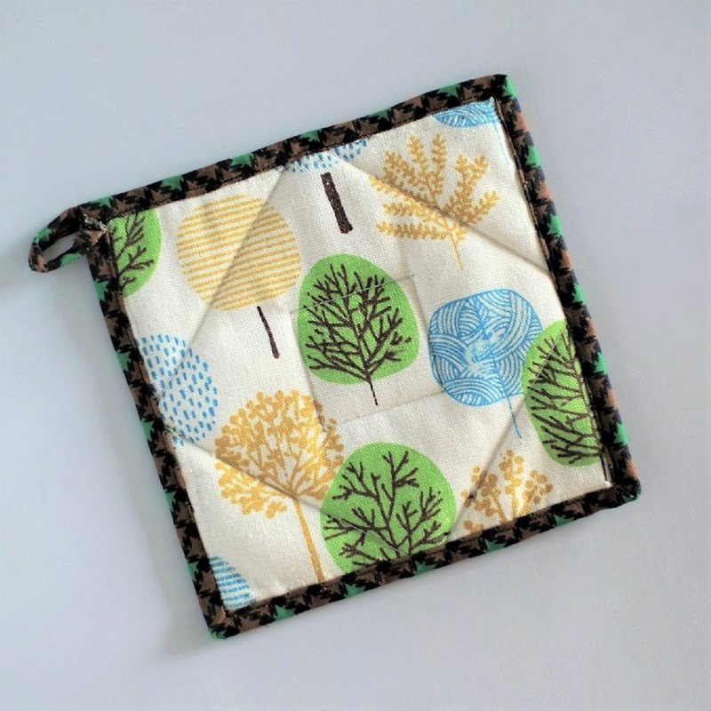 Pot Holder (Little Forest)
