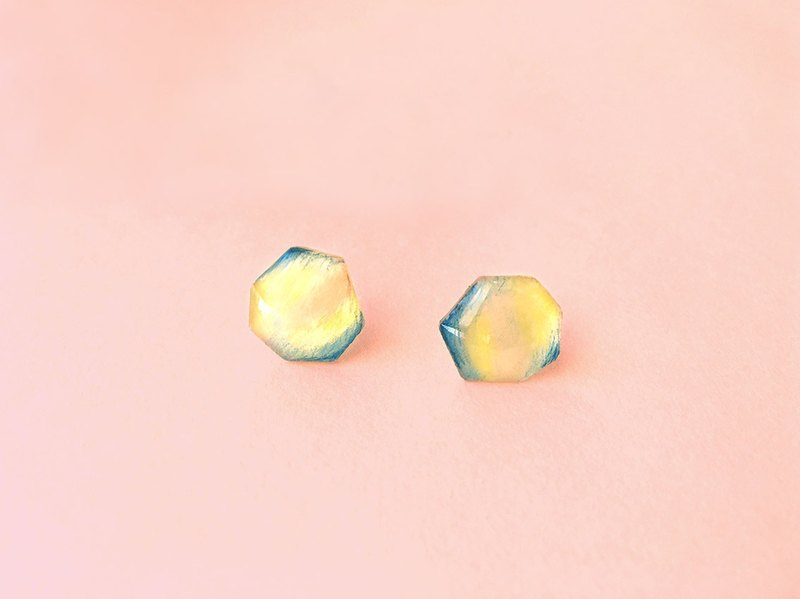 Seems to be spring - Hand-made hand-painted earrings / hypoallergenic steel needle / can be changed clip