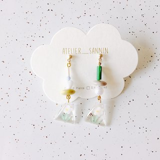 Illustrator Notes Series - Small Daisy Draped Hand-painted Resin Handmade Earrings Ear/Ear clip