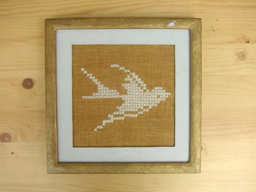 Finland stitch Swallow gold-framed painting