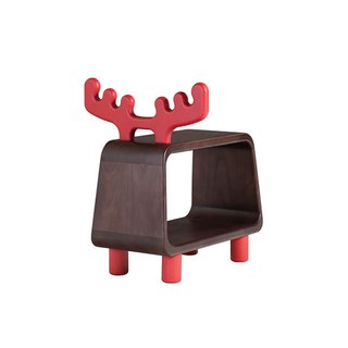 Chair stool. Big deer ─ ─ love door