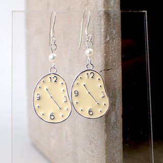 E31039 Melting Clock Silver 925 & Fresh Water Pearl Earrings