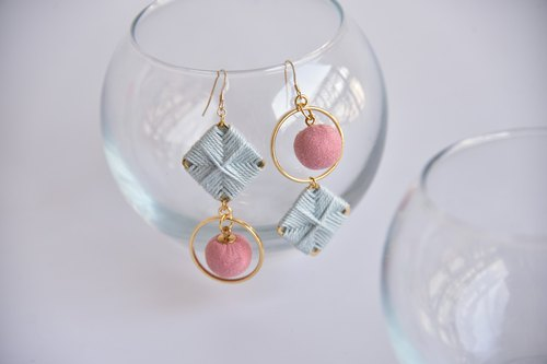 Pink Blue Fantasy Pink Square Ring Asymmetric Earrings